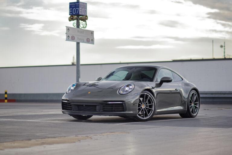 Read more about the article Porsche 911 Carrera 4S