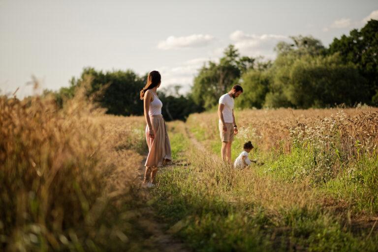 Read more about the article sesja rodzinna w zbożu